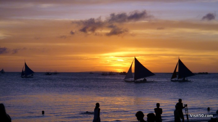 Is Boracay dangerous? It actually has very little crime. The Philippines are relatively safe in the center of the country. I miss the Philippines!