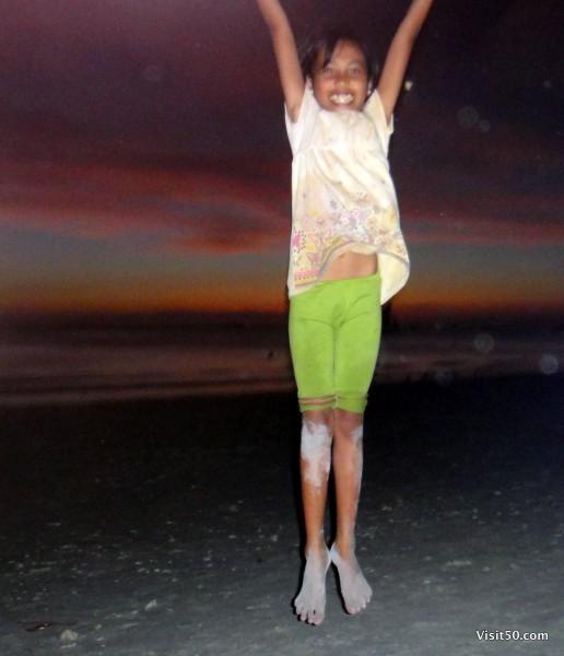 Jumping pics in Boracay -013