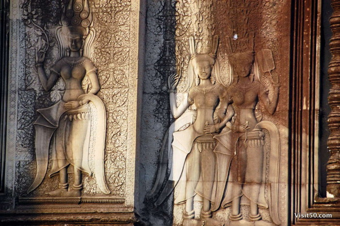 There are more than 1,860 carved Apsara dancers in Angkor Wat.