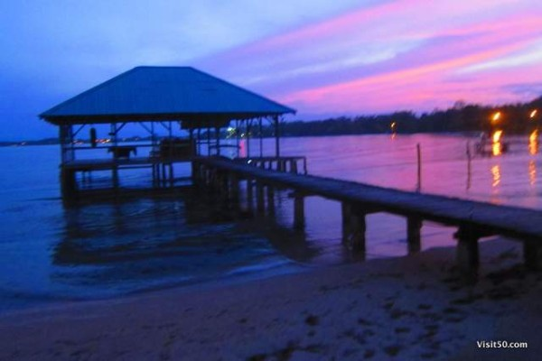 amazing colors after sunset at Pukalani Hostel, our home base while Island hopping in Bocas del Toro Panama